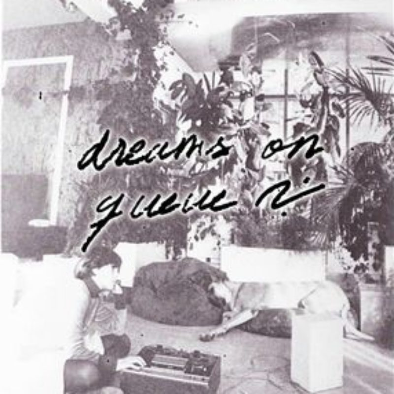 DREAMS ON QUEUE show on Radio Relativa